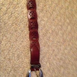 Women's gorgeous leather Brighten belt size sm/med